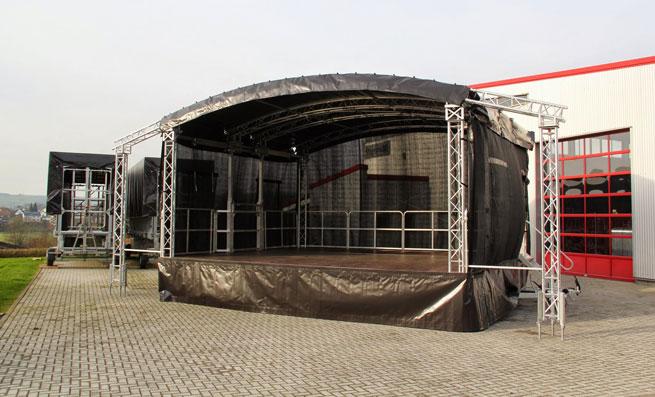 Aku's Factory esiintymislava